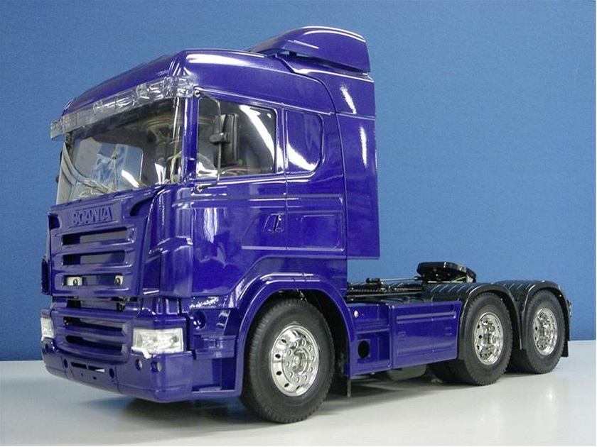 Scania R620 6x4 Highline blau Bausatz